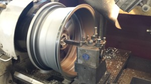 Big lathe turning