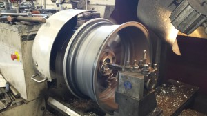Big lathe capacity