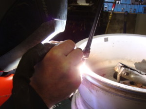 Alloy-wheel-welding-300x225